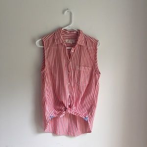 H&M LOGG red and white button down top